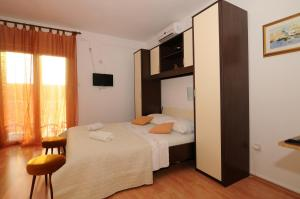 Apartments Katica 3465, Apartmanok  Makarska - big - 10