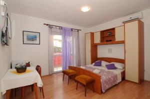 Apartments Katica 3465, Apartmanok  Makarska - big - 19