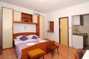 Apartments Katica 3465, Apartmanok  Makarska - big - 17