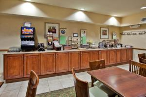 Country Inn & Suites by Radisson, Sumter, SC, Hotels  Sumter - big - 15