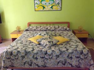 I Colori dell'Arcobaleno, Bed and breakfasts  Santo Stefano di Camastra - big - 9