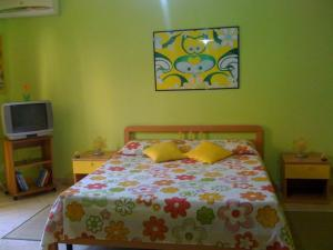 I Colori dell'Arcobaleno, Bed and breakfasts  Santo Stefano di Camastra - big - 8