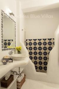 Boundless Blue Villas, Villas  Platis Yialos Mykonos - big - 64