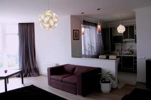 Nadiya Apartments 1, Apartmanok  Szumi - big - 12