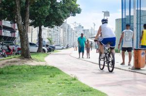 APÊ AR nos 2 qtos WiFi Netflix Churrasqueira, Apartmány  Guarapari - big - 68