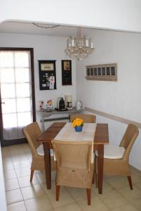 Maison Plage de la Garonette, Ferienhäuser  Sainte-Maxime - big - 2
