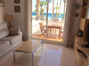 Sitges Seafront Apartment, Apartmány  Sitges - big - 20