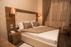 Hotel Boutique Restaurant Gloria, Hotels  Tirana - big - 20