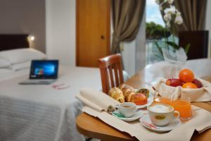 Hotel Piero Della Francesca, Hotels  Urbino - big - 2