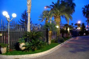 Hotel Ristorante Donato, Hotels  Calvizzano - big - 65