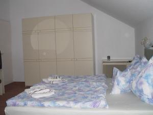 Kis Apartmanház, Apartmány  Hévíz - big - 13
