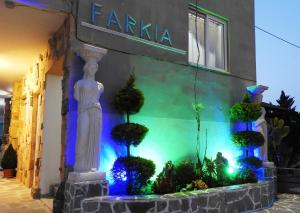 Farkia Exclusive Studios, Apartments  Faliraki - big - 58