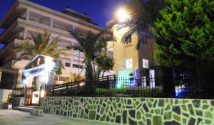 Farkia Exclusive Studios, Apartments  Faliraki - big - 76