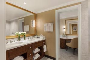 Boston Harbor Hotel (13 of 46)