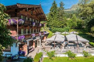 Landhotel Vordergrub - Hotel - Kitzbühel