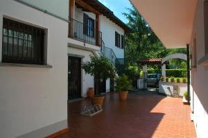 Hotel Sonenga, Отели  Менаджо - big - 64