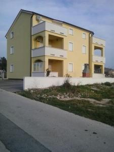 Apartment Elza, Appartamenti  Povljana - big - 12