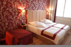 Hôtel Les Fleurs, Hotely  Pontaubert - big - 2