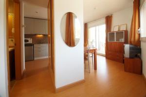 Aparthotel Arenal, Residence  Pals - big - 10