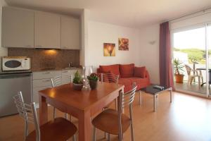 Aparthotel Arenal, Residence  Pals - big - 14