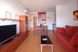 Aparthotel Arenal, Residence  Pals - big - 1