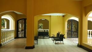 Chateau Elysee Condo Unit - Vendome, Apartmanok  Manila - big - 109