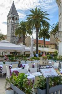 Villa Kudelik - Stone Story, Bed and breakfasts  Trogir - big - 48