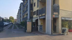 Studio Rogoredo Milano, Apartmanok  Milánó - big - 39