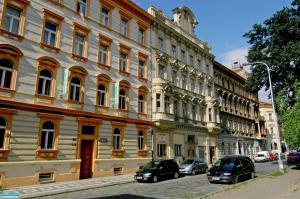 Residence Kostnické Square