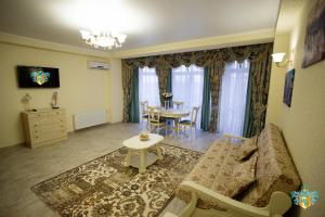 Hotel Frantsuzky Kvartal All inclusive, Hotel  Vityazevo - big - 2