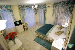 Hotel Frantsuzky Kvartal, Hotel  Vityazevo - big - 29