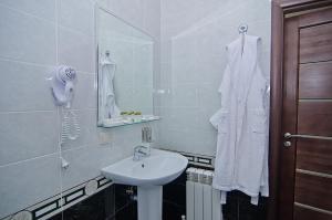 Sport Hotel, Hotels  Volzhskiy - big - 38