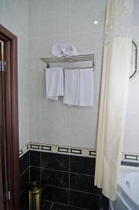 Sport Hotel, Hotel  Volzhskiy - big - 98