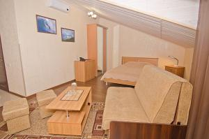 Sport Hotel, Hotels  Volzhskiy - big - 105