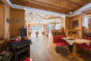 Chesa Valese - Hotel - Zermatt