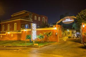 Hotel Villa La Colombaia, Hotels  Portici - big - 119