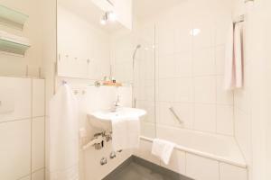 Hotel Villa Seeschau - Adults only, Отели  Меерсбург - big - 3