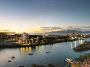 Oaks Metropole Hotel, Aparthotels  Townsville - big - 5