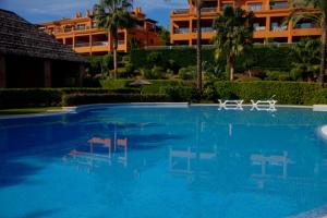 Luxury Apartment in Benatalaya, Apartmány  Estepona - big - 15