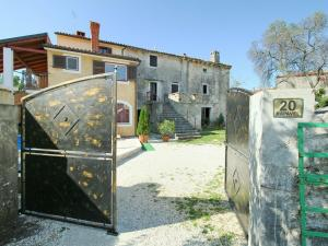 Casa Milena, Case vacanze  Rapavel - big - 5