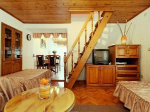 Casa Milena, Дома для отпуска  Rapavel - big - 6
