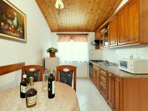 Casa Milena, Дома для отпуска  Rapavel - big - 9