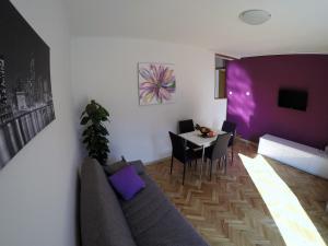 Sunny Apartments, Апартаменты  Омиш - big - 29