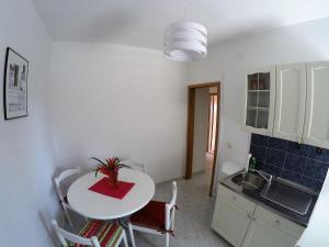 Sunny Apartments, Апартаменты  Омиш - big - 21