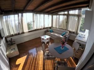 Sunny Apartments, Апартаменты  Омиш - big - 18