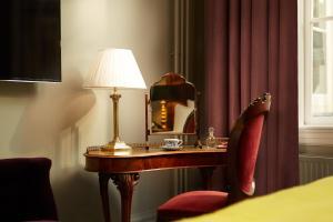 Luxury Suite (antique theme)
