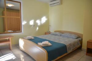 One-Bedroom Apartment in Rovinj/Istrien 11748, Apartmány  Rovinj - big - 4