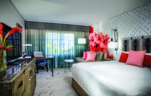 Loews Royal Pacific Resort (8 of 28)