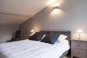 Apartment Rue Neuve with Elevator, Apartmány  Bordeaux - big - 12