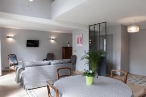 Apartment Rue Neuve with Elevator, Apartmány  Bordeaux - big - 9